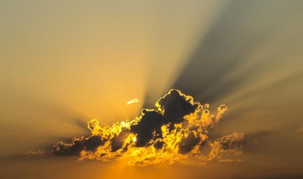 Pixabay_imaresz_cloud-143152_640-624x370